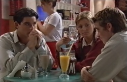Paul McClain, Felicity Scully, Tad Reeves in Neighbours Episode 3645