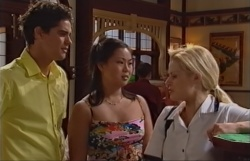 Matt Hancock, Laura Wallace, Dee Bliss in Neighbours Episode 3794