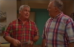 Lou Carpenter, Harold Bishop in Neighbours Episode 3794