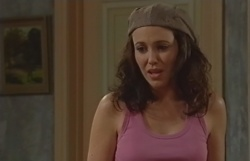 Libby Kennedy in Neighbours Episode 4550