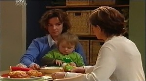 Lyn Scully, Oscar Scully, Susan Kennedy in Neighbours Episode 4634
