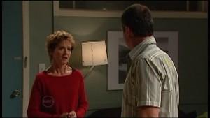 Susan Kennedy, Karl Kennedy in Neighbours Episode 4771