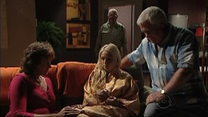 Mishka Schneiderova, Sky Mangel, Harold Bishop, Lou Carpenter in Neighbours Episode 4997