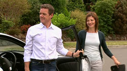 Paul Robinson, Gail Robinson in Neighbours Episode 5243