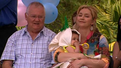 Harold Bishop, Kerry Mangel (baby), Janelle Timmins in Neighbours Episode 5243