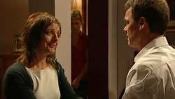 Gail Robinson, Paul Robinson in Neighbours Episode 5243