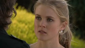 Elle Robinson in Neighbours Episode 5346