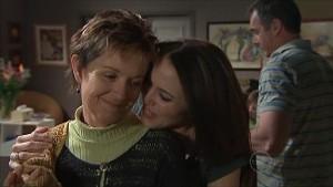 Susan Kennedy, Libby Kennedy, Karl Kennedy in Neighbours Episode 5346