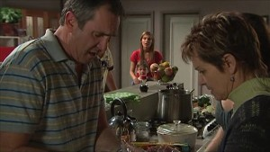 Karl Kennedy, Rachel Kinski, Ben Kirk, Susan Kennedy in Neighbours Episode 5347
