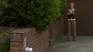 Elle Robinson in Neighbours Episode 5347