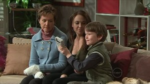 Dahl, Susan Kennedy, Libby Kennedy, Ben Kirk in Neighbours Episode 5347