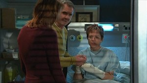 Dr Demi Vinton, Karl Kennedy, Susan Kennedy in Neighbours Episode 5349