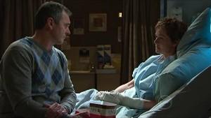 Karl Kennedy, Susan Kennedy in Neighbours Episode 5350