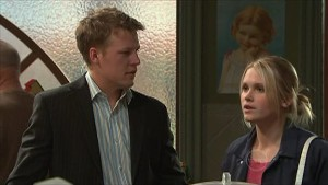 Oliver Barnes, Janae Timmins in Neighbours Episode 5352