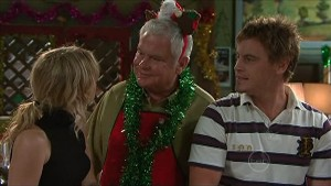 Kirsten Gannon, Lou Carpenter, Ned Parker in Neighbours Episode 5357