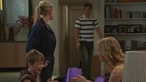 Janae Timmins, Mickey Gannon, Ned Parker, Kirsten Gannon in Neighbours Episode 5357