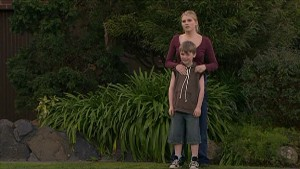 Janae Timmins, Mickey Gannon in Neighbours Episode 5357