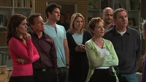 Rebecca Napier, Paul Robinson, Frazer Yeats, Miranda Parker, Susan Kennedy, Steve Parker, Karl Kennedy in Neighbours Episode 5363