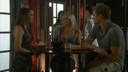 Libby Kennedy, Samantha Fitzgerald, Dan Fitzgerald in Neighbours Episode 5436