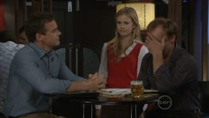Paul Robinson, Elle Robinson, Brad Jordan in Neighbours Episode 5484