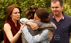Libby Kennedy, Susan Kennedy, Rachel Kinski, Karl Kennedy in Neighbours Episode 5520