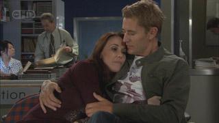 Libby Kennedy, Dan Fitzgerald in Neighbours Episode 5564