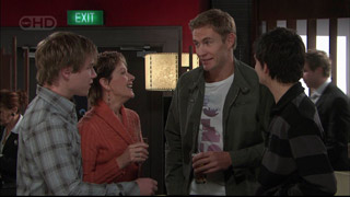 Ringo Brown, Susan Kennedy, Dan Fitzgerald, Zeke Kinski in Neighbours Episode 5566