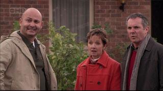 Steve Parker, Susan Kennedy, Karl Kennedy in Neighbours Episode 5568