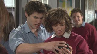 Declan Napier, Bridget Parker in Neighbours Episode 5571