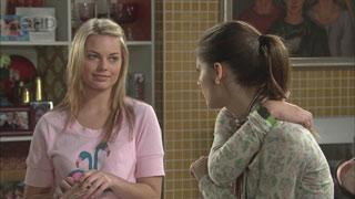 Donna Freedman, Rachel Kinski in Neighbours Episode 5571