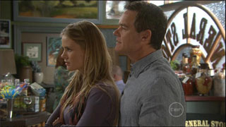 Elle Robinson, Paul Robinson in Neighbours Episode 5572