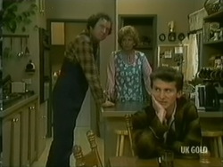 Max Ramsay, Madge Mitchell, Danny Ramsay in Neighbours Episode 0182