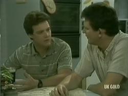 Paul Robinson, Des Clarke in Neighbours Episode 0185