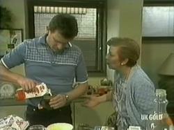 Des Clarke, Eileen Clarke in Neighbours Episode 0185