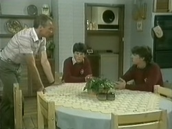 Jim Robinson, Brian, Colin in Neighbours Episode 0185