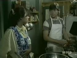 Zoe Davis, Mike Young in Neighbours Episode 0186