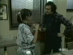 Zoe Davis, Max Ramsay in Neighbours Episode 0186