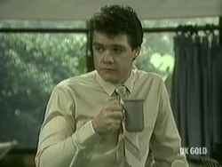 Paul Robinson in Neighbours Episode 0186