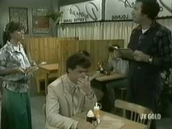 Zoe Davis, Paul Robinson, Max Ramsay in Neighbours Episode 0186