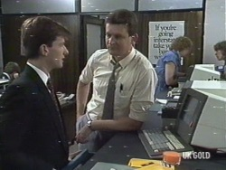 Danny Ramsay, Des Clarke in Neighbours Episode 0187