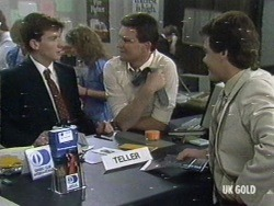 Danny Ramsay, Des Clarke, Paul Robinson in Neighbours Episode 0187