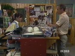 Zoe Davis, Jim Robinson in Neighbours Episode 0188