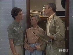 Paul Robinson, Helen Daniels, Jim Robinson in Neighbours Episode 0189