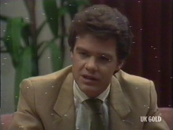 Paul Robinson in Neighbours Episode 0189