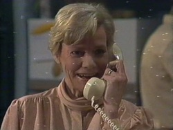 Helen Daniels in Neighbours Episode 0189