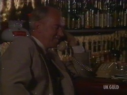 Burt Rawlings in Neighbours Episode 0191