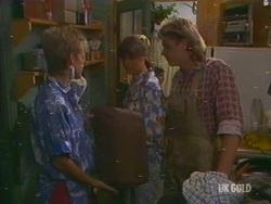 Daphne Lawrence, Zoe Davis, Shane Ramsay in Neighbours Episode 0191