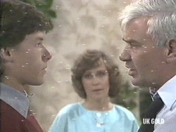 Mike Young, Barbara Young, David Young in Neighbours Episode 0192