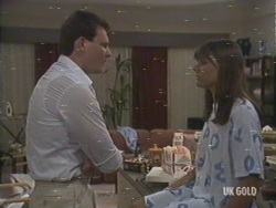 Des Clarke, Zoe Davis in Neighbours Episode 0193