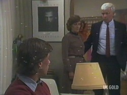 Mike Young, Barbara Young, David Young in Neighbours Episode 0193